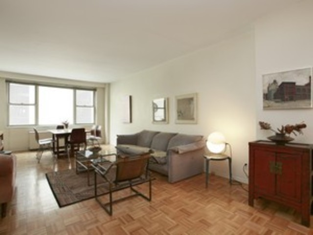 520 East 72nd Street Image #1