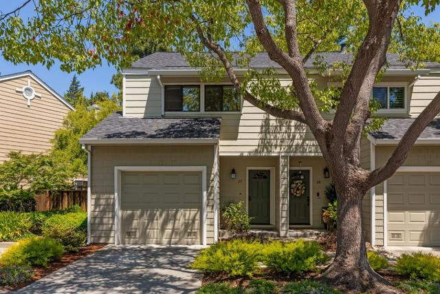 181 Ada Avenue, Unit 27 Mountain View, CA 94043