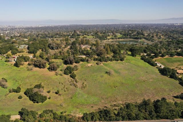 387 Moore Road Woodside, CA 94062