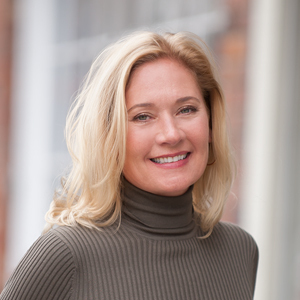 Kathleen Zappola, Agent in The Hamptons - Compass