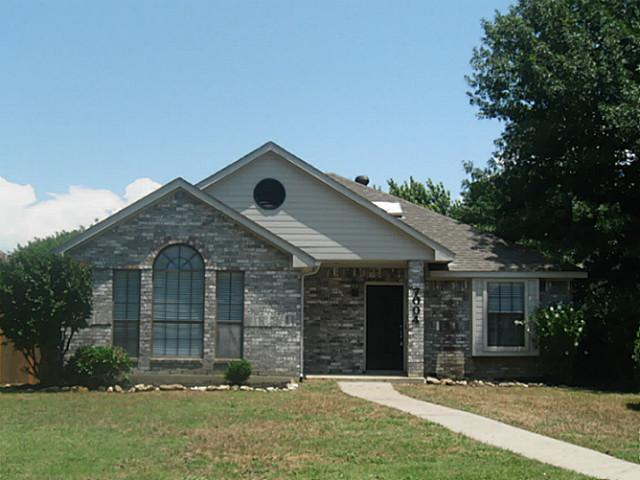 7004 bentley avenue fort worth tx 76137 compass compass real estate