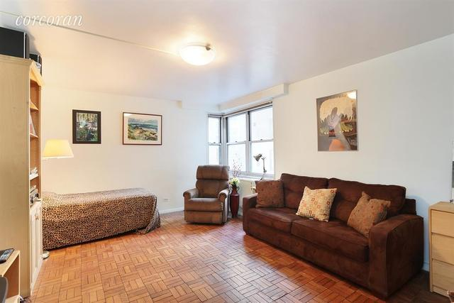 301 East 22nd Street, Unit 11C Image #1