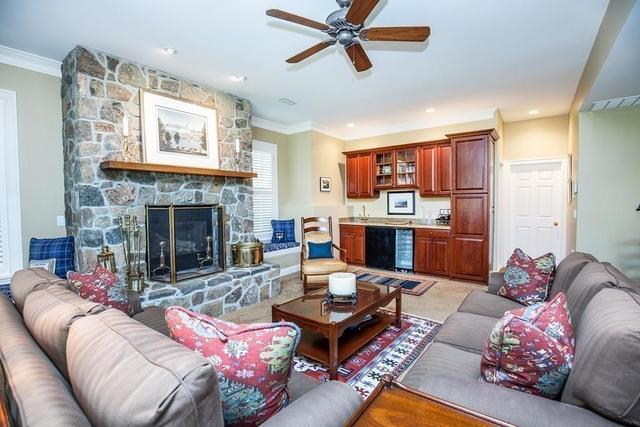 26 Choate Lane Ipswich, MA 01938