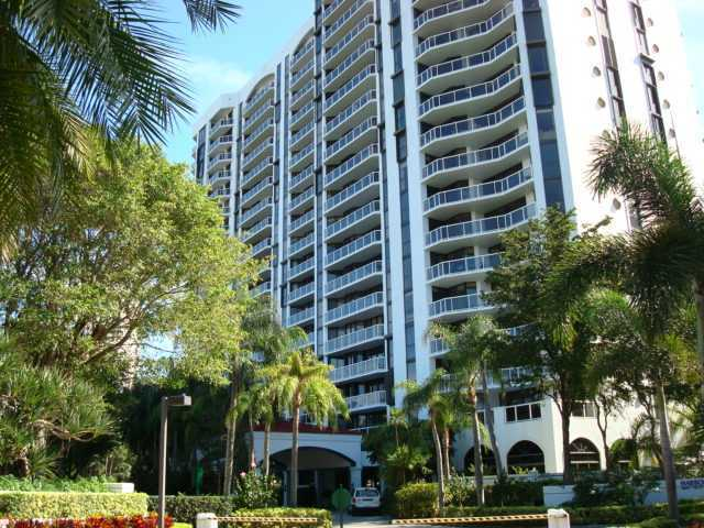 3610 Yacht Club Drive, Unit 814 Image #1