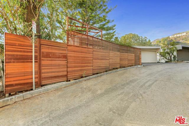 3133 Hollyridge Drive Los Angeles, CA 90068
