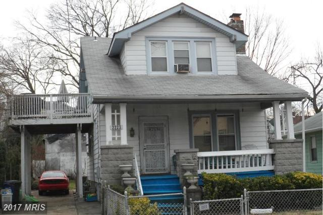 2223 Lawrence Street Northeast Image #1