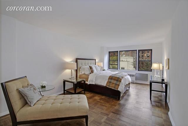 345 East 52nd Street, Unit 8K Image #1