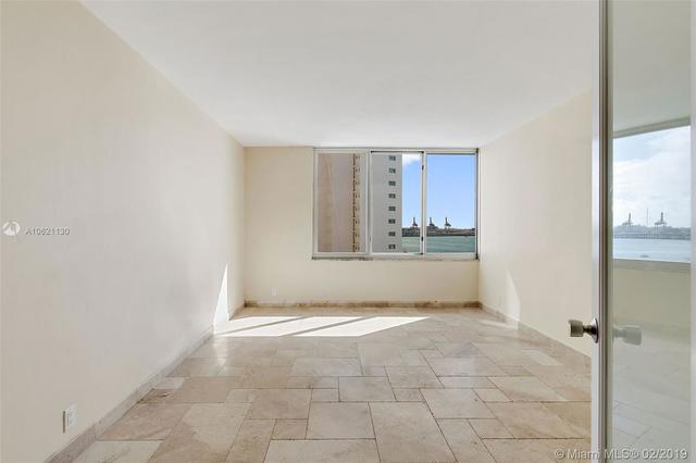 1200 West Avenue, Unit 831 Miami Beach, FL 33139