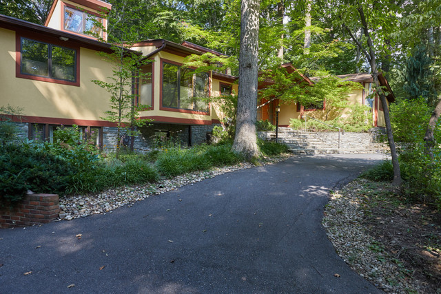 5 Bay Tree Lane Bethesda, MD 20816