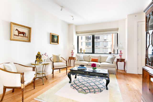 330 East 57th Street, Unit 14 Manhattan, NY 10022