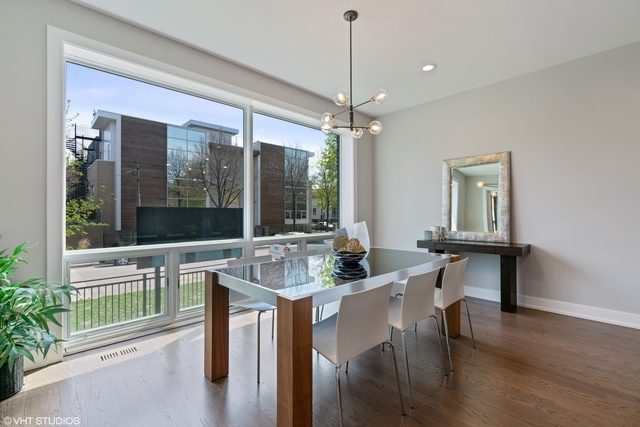 2508 North Greenview Avenue, Unit 1W Chicago, IL 60614
