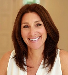 Valerie Cuny,                       Agent in Los Angeles - Compass
