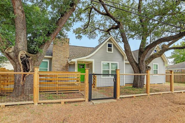 1224 Posey Street Houston, TX 77009