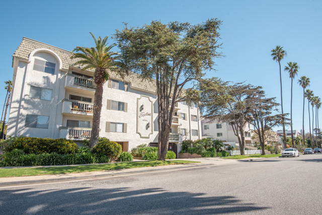 1021 12th Street, Unit 208 Santa Monica, CA 90403