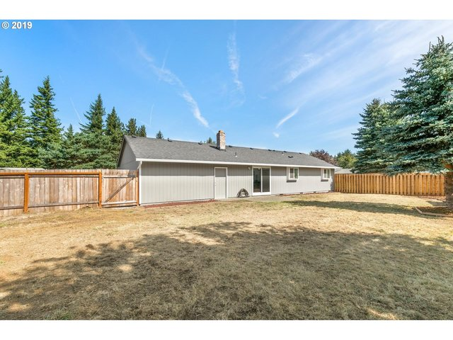 2002 Southeast Evans Avenue Troutdale, OR 97060