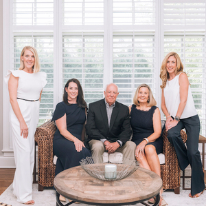 The Skirving Group,                       Agent in Chicago - Compass