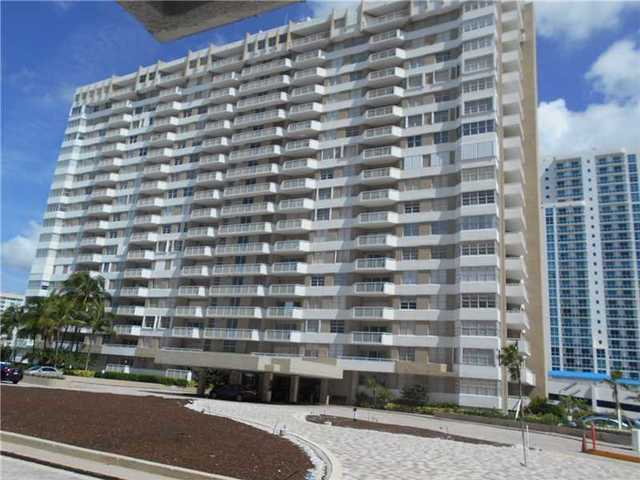 1985 South Ocean Drive, Unit 9E Image #1