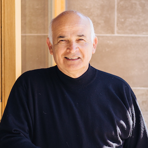Lou Realyvasquez,                     Agent in San Francisco - Compass