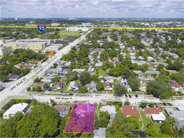 6235 Northwest Miami Place Image #1
