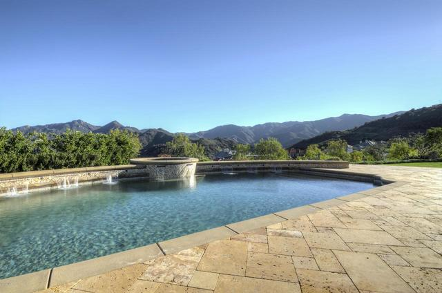98 Queen's Garden Drive Thousand Oaks, CA 91361
