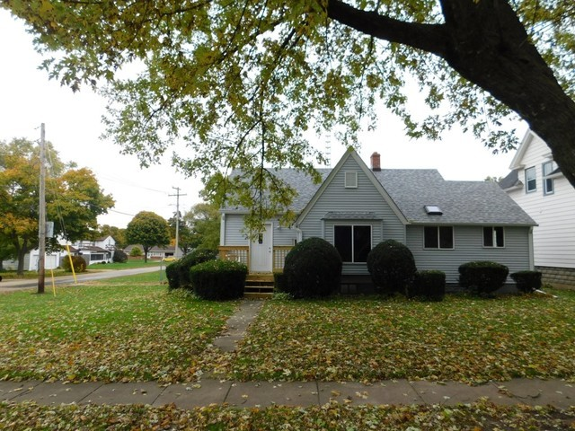 839 North 9th Street Rochelle, IL 61068