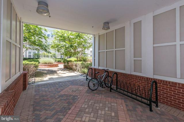 2665 Prosperity Avenue, Unit 351 Fairfax, VA 22031