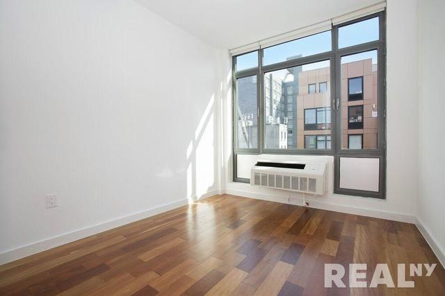321 East 3rd Street, Unit 2B Image #1