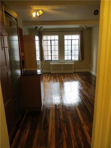 5 Tudor City Place, Unit 901 Image #1
