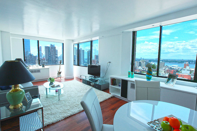 350 West 50th Street, Unit 22EE Image #1