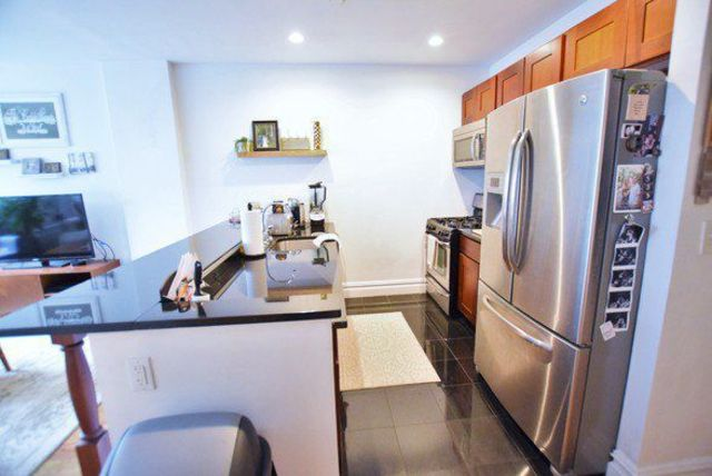 154 1/2 Washington Avenue, Unit 2A Brooklyn, NY 11205