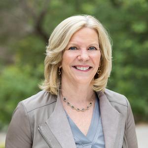 Tracy Picone, Agent in Austin - Compass