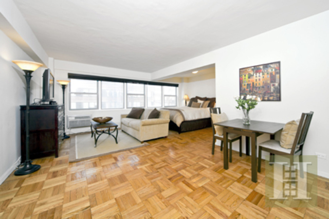 333 East 75th Street, Unit 9C Image #1