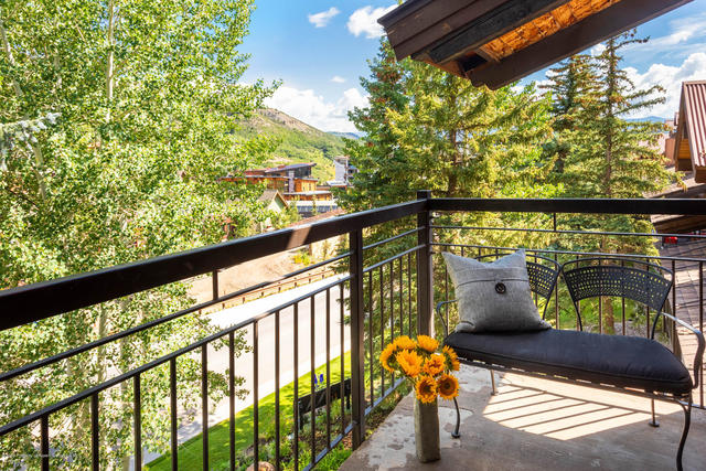 400 Wood Road, Unit D1308 Aspen, CO 81611