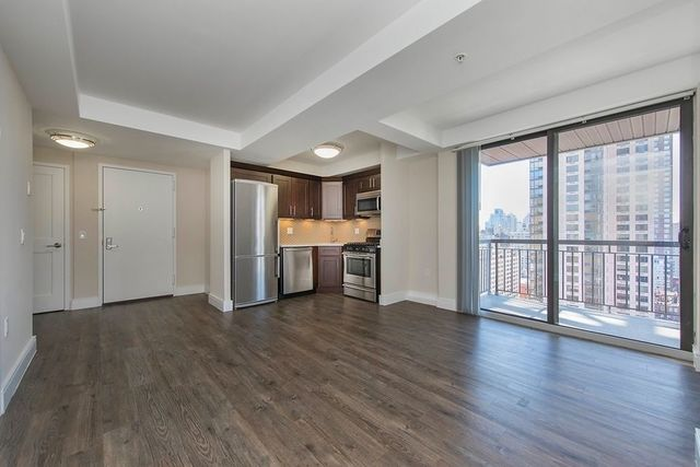 354 East 91st Street, Unit 707 Manhattan, NY 10128