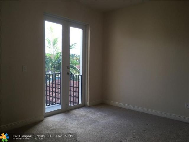 6942 East Long Pine Circle, Unit 6942 Coconut Creek, FL 33073