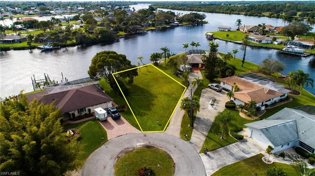 13819 Sleepy Hollow Lane Fort Myers, FL 33905