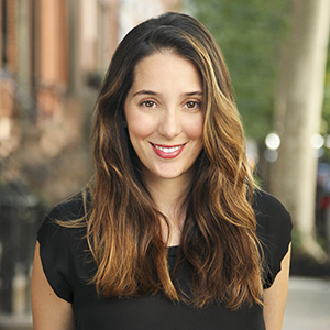 Hannah Bomze,                     Agent in NYC - Compass