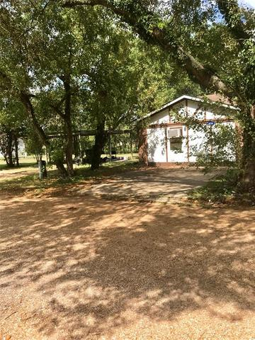 6714 Woods Lane Wallis, TX 77485
