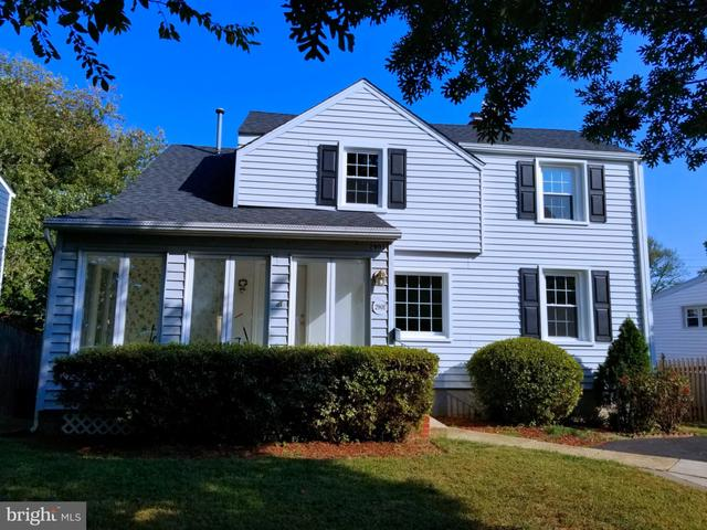 2901 Cherry Street Falls Church, VA 22042
