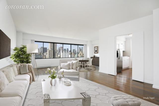 900 Park Avenue, Unit 21E Image #1