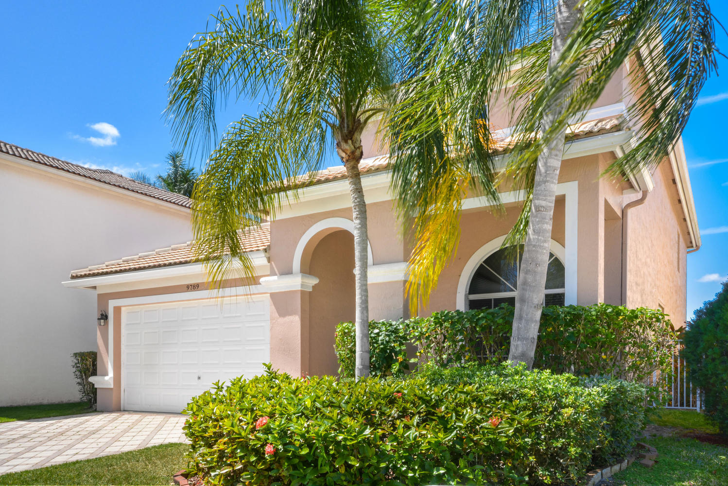 9789 Vineyard Court Boca Raton, FL 33428