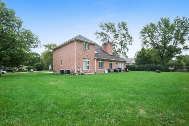 810 North Maple Street Prospect Heights, IL 60070