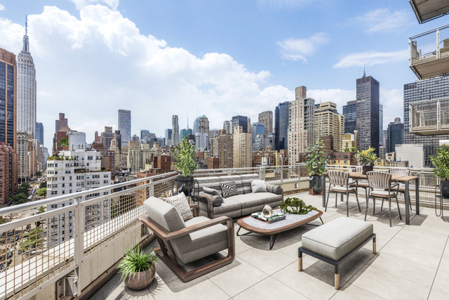 225 East 34th Street, Unit 19E Manhattan, NY 10016