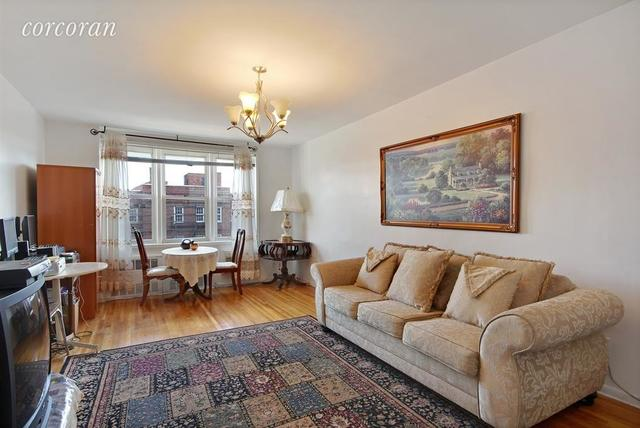 400 East 17th Street, Unit 704 Image #1