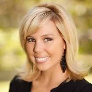 Katie Duncan,                     Agent in San Diego - Compass