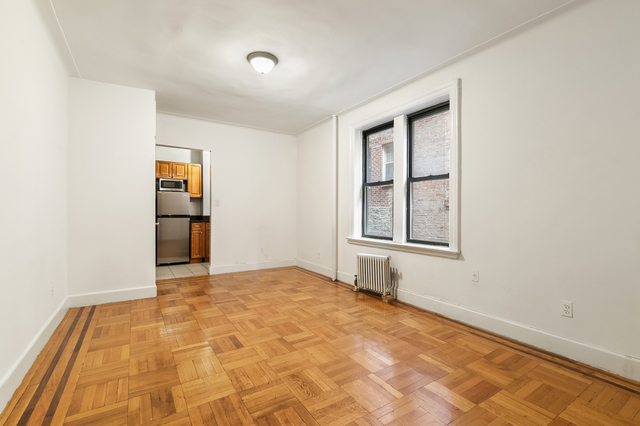 205 West 10th Street, Unit 3E Manhattan, NY 10014