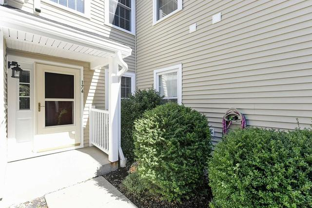174 Tyson Commons Lane, Unit 174 Braintree, MA 02184