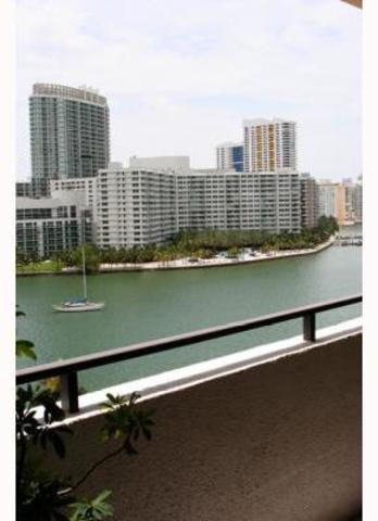 11 Island Avenue, Unit 904 Image #1