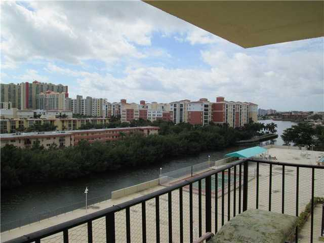 230 174th Street, Unit 816 Image #1