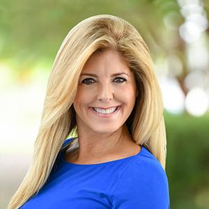 Lorraine Silva,                     Agent in Miami - Compass
